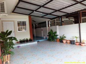 ให้เช่าบ้านแฝด 35 ตรว โครงการธนาวัลย์ 4  ราคา 6500/เดือน บ้านต่อเติมพร้อมอยู่ ต.บ่อวิน อ.ศรีราชา จ.ชลบุรี