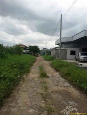 โกดังให้เช่าอยู่ถนนสุขาภิบาล2ใกล้สี่แยกประเวศใกล้ถนนวงแหวนกาญจนาเข้าทางถนนอ่อนนุชลาดกระบัง เขตประเวศ กรุงเทพมหานคร
