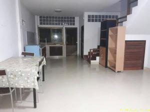 บ้านแฝด 6800 บาท อุดรธานี เมืองอุดรธานี หมากแข้ง