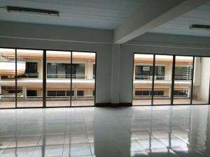 ห้องเช่า 30000 กรุงเทพมหานคร เขตวัฒนา คลองตันเหนือ