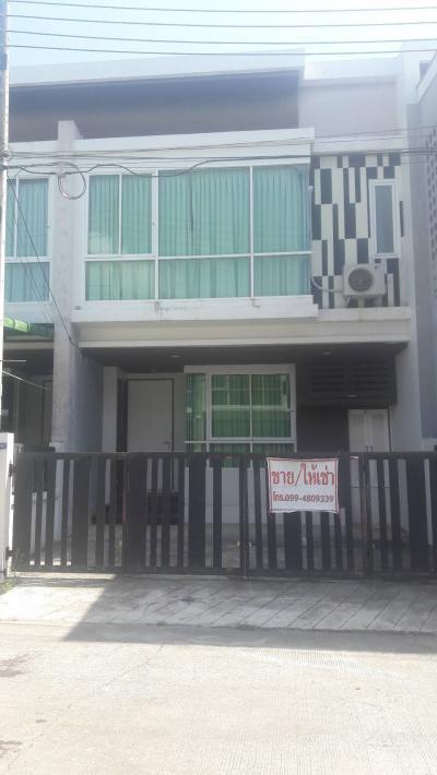 6A111430 ให้เช่าทาวน์เฮ้าส์สองชั้น 3ห้องนอน 2ห้องน้ำ เป็นบ้านเปล่า เดือนละ 9,000 บาท