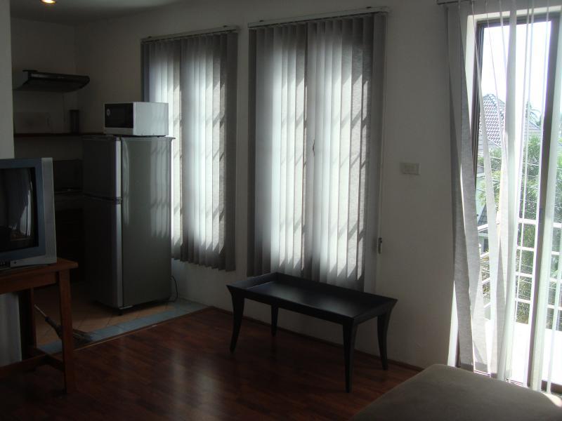 อพาร์ทเม้นท์ 10000 ภูเก็ต เมืองภูเก็ต ฉลอง