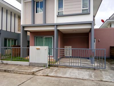 6A111524 ให้เช่าบ้านเดี่ยวสองชั้น 3 ห้องนอน 2 ห้องน้ำ ราคา 19,000  บาทต่อเดือน 36 ตร.ว. ใกล้โรงเรียนมุสลิมวิทยา ต.เกาะแก้ว อ.เมือง
