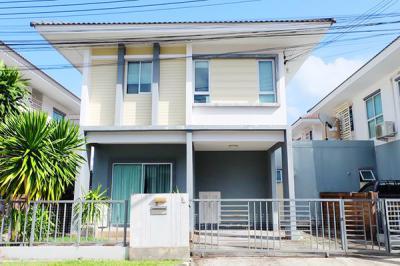6A111570 ให้เช่าบ้านเดี่ยวสองชั้น 3 ห้องนอน 2 ห้องน้ำ ราคา 20,000  บาทต่อเดือน 38 ตรว. ใกล้โรงเรียนนานาชาติบริติช ต.เกาะแก้ว อ.เมือง