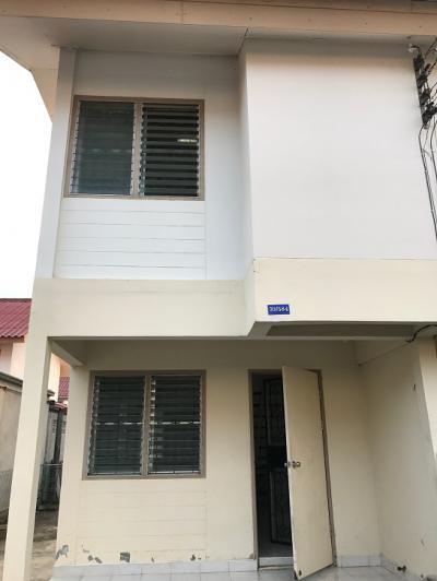 บ้านแฝดฉะเชิงเทราให้เช่า ตรงข้ามโตโยต้าบ้านโพธิ์ 2 นอน 1 น้ำ ให้เช่า 3500 บาท