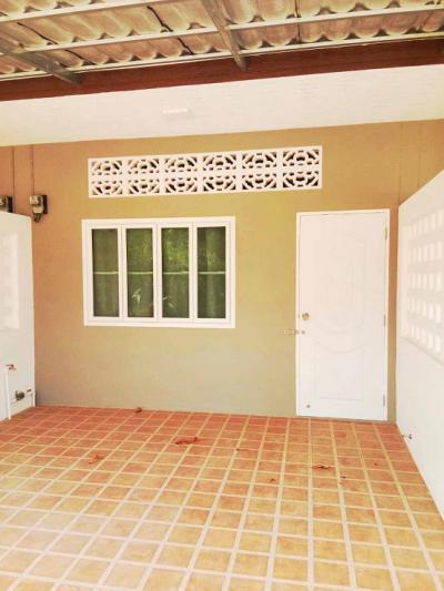 6A90886 ให้เช่าทาวน์เฮ้าส์  1 ห้องนอน 1 ห้องน้ำ พื้นที่ 60 ตรม. ใกล้สวนสัตว์ภูเก็ต ราคาเช่าเดือนละ 10,000 บาท