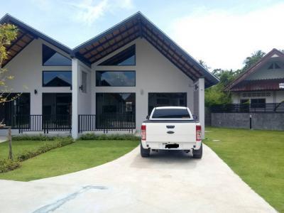 6A120497 ให้เช่าบ้านแฝดชั้นเดียว 2 ห้องนอน 1 ห้องน้ำ พื้นที่ 75 ตรม. ใกล้เทศบาลตำบลป่าคลอก ราคาเช่าเดือนละ 18,000 บาท