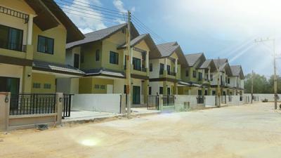บ้านแฝด 2499999 ชลบุรี บางละมุง ตะเคียนเตี้ย