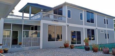 6A120546 ให้เช่าบ้านเดี่ยว 2 ชั้นออกแบบสไตร์ยุโรป พื้นที่ 215 ตรว.