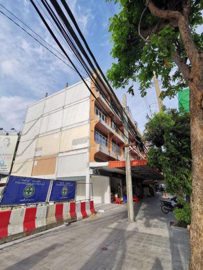 อาคารพาณิชย์ 49000 กรุงเทพมหานคร เขตวังทองหลาง วังทองหลาง