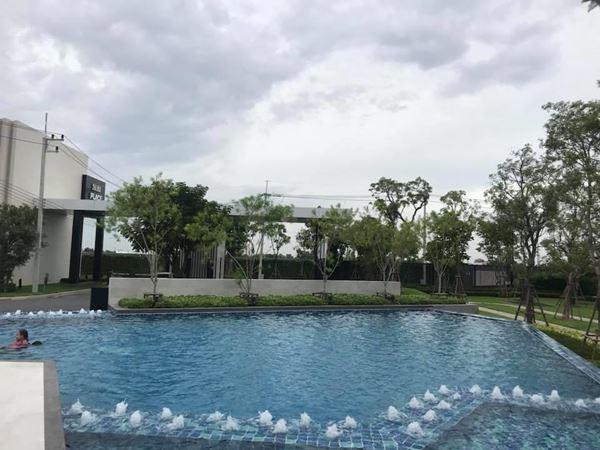 ทาวน์เฮาส์ 2290000 ปทุมธานี เมืองปทุมธานี สวนพริกไทย