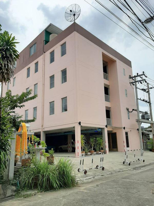 หอพัก 2000 กรุงเทพมหานคร เขตจตุจักร ลาดยาว