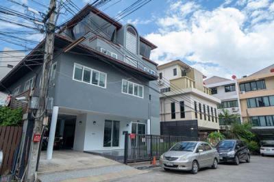 บ้านเดี่ยว 24000000 กรุงเทพมหานคร เขตวังทองหลาง วังทองหลาง