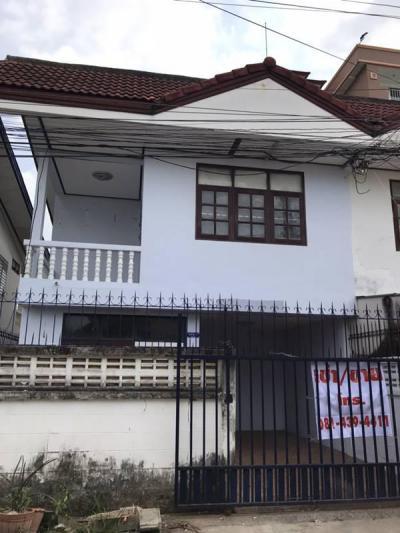 บ้านแฝด 5000 ชลบุรี บางละมุง หนองปรือ
